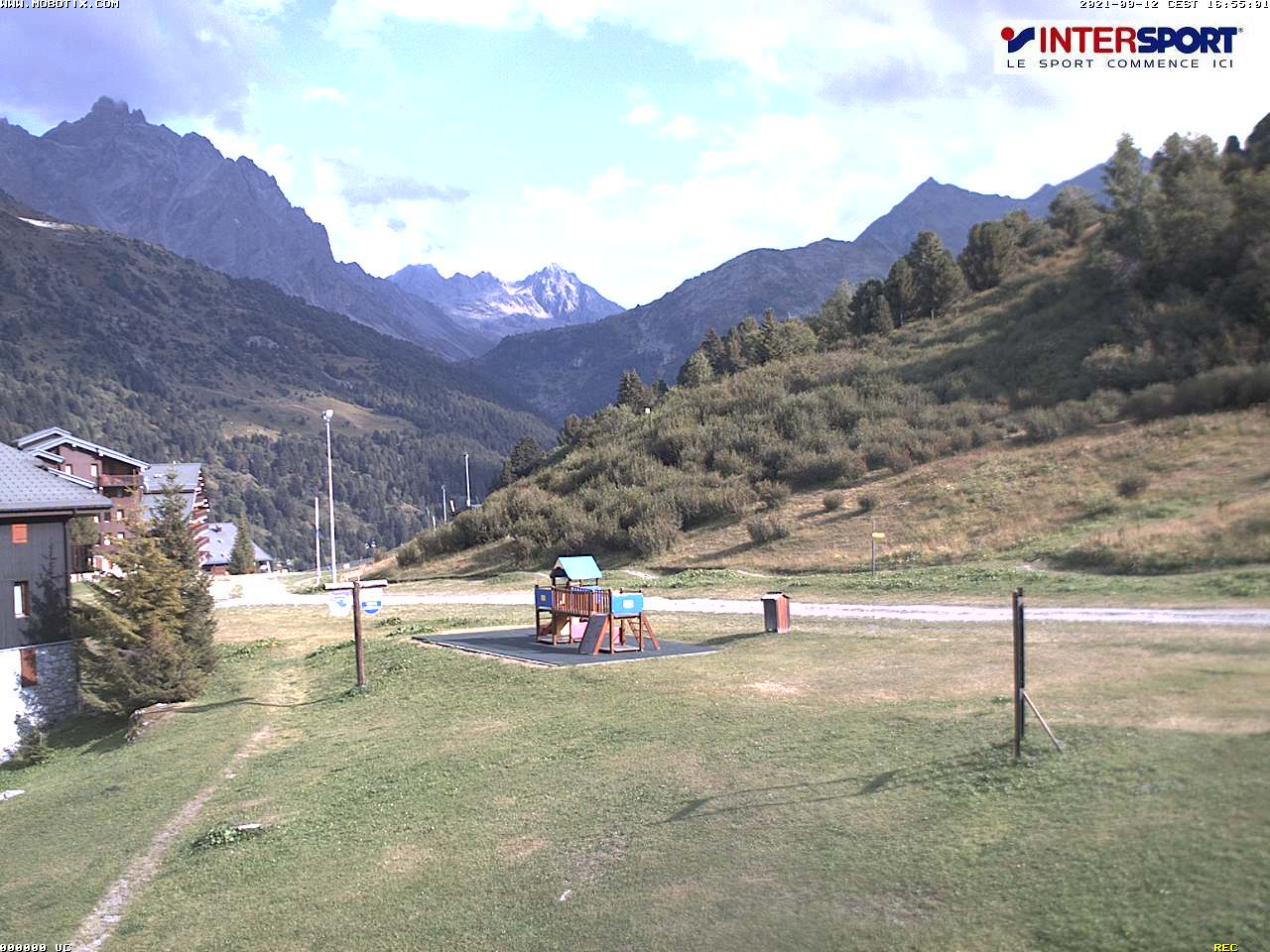 intersport-meribel-les-glaciers-webcam